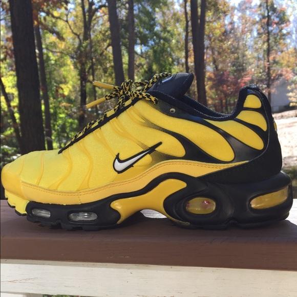 nike air max plus yellow